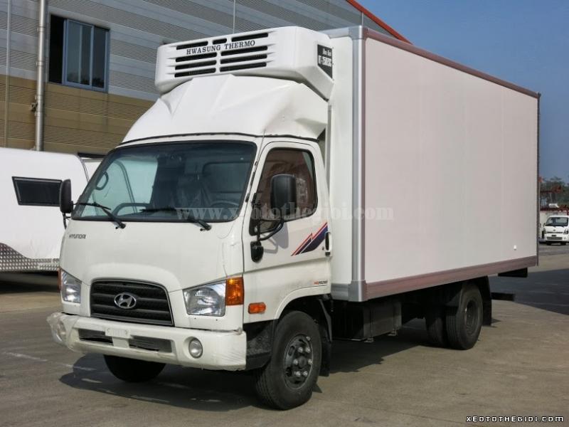 Hyundai HD72 3,5 Tấn Thùng Đông Lạnh