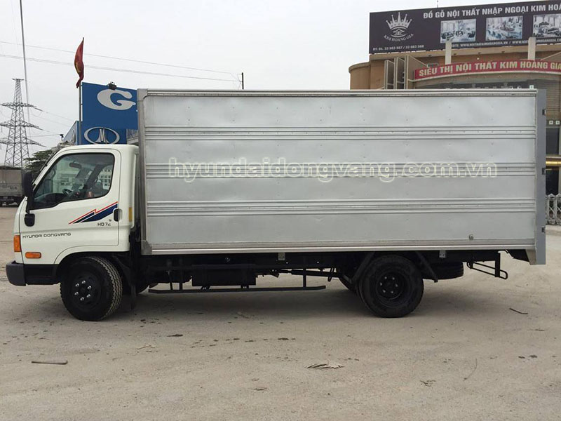 hyundai hd72 3.5 tấn thùng kín tôn
