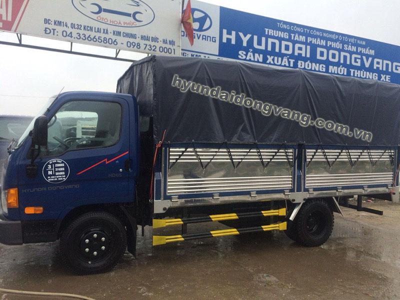 hyundai hd72 3,5 tấn thùng bạt