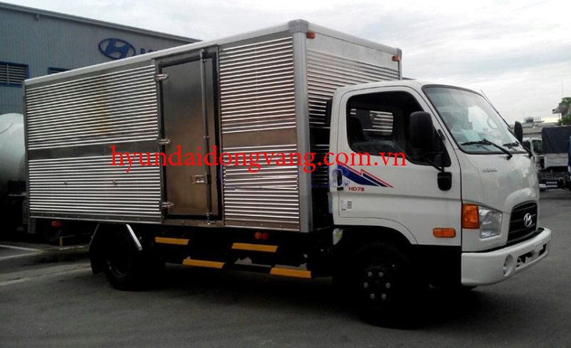 hyundai-hd78-thung-kin-bao-on