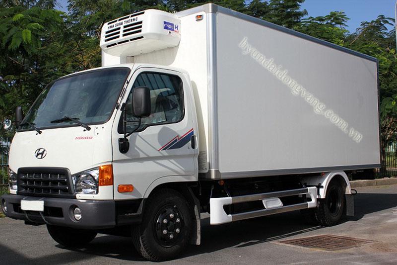Xe tải hyundai hd700 6,5 tấn thùng đông lạnh