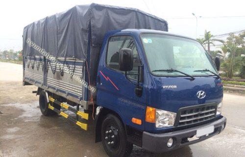Xe tải hyundai hd700 6,85 tấn thùng bạt